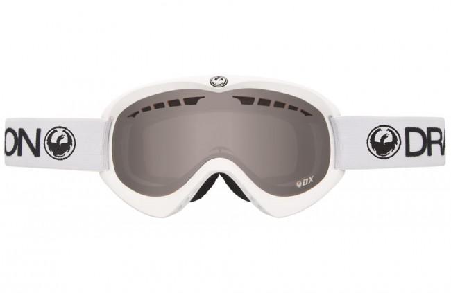 DX-serien er tidsløst design kombineret med det bedste fra Dragons traditioner. DX serien har vist sig at være både funktionel og en meget attraktiv kvalitetsbrille til prisen.Med Ionized (Neutral) linse- Medium/Large fit (optimal til medium til store ansigter)- Passer til brug sammen med hjelm- Dobbeltlag skum (super pasform)- Micro Fleece for (fjerne fugten fra din hud)- 100 % beskyttelse mod farlige UV stråler- Anti dug behandlet linse- Polyurethane ramme (fleksibel og holdbar ramme uanset temperatur)- Udskiftelig rem- Bredde: 16cm (yderkant af skum)