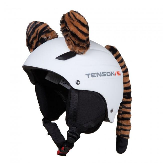 Hoxy Ears TIGER er tigerører til skihjelmen, som let sættes fast. Med ørene bliver det et hit at køre med hjelm og det er nemt at genkende dit barn på bjerget. Pisterne forvandler sig til fantasiland og skidagen bliver en leg. Det er høj kvalitet og de tåler det barske vintervejr. Når skiferien er slut kan den bruges på cykelhjelmen, eller andre sportshjelme.