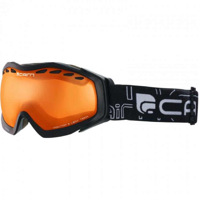 Cairn Freeride er en super alsidig skigoggle med en robust konstruktion og et godt udsyn. Med til skibrillen følger en sfærisk kategori 2 linse, som ligger lige midt i spektret, og som dermed giver dig gode forudsætninger for at køre godt på ski i alle vejr- og lysforhold.Dobbeltlinsen beskytter naturligvis mod alle UV-stråler, har masser af ventilation og er anti-dug behandlet, så den aldrig dugger til - ligegyldigt hvor meget du sveder. Modellen er en størrelse medium og passer således bedst til mindre ansigter. Størrelsen og pasformen er specielt designet til damer og unge. Brillen er naturligvis kompatibel med langt de fleste hjelme.Features:Inkl. 1 dobbeltlinse (kategori 2)Anti-dug og anti-ridse behandlet linseBeskytter mod 100% af solens UVA- og UVB-strålerTo lag skum sikrer høj komfort og god pasform