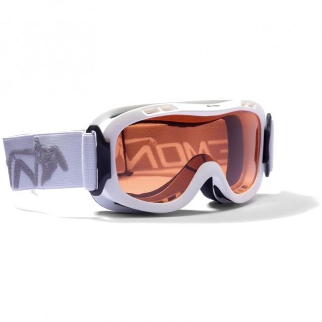 Junior/børne skigoggle i lækker kvalitet fra Demon Occhiali. Skibrille med god ventilation der forebygger dug og naturligvis antidugbehandlet.Brillen måler 163 mm x 75 mm og passer børn fra 7 - 14 år lidt afhængigt af deres ansigtsstørrelse.Gogglen kommer med en Orange linse (Kategori 2), som er en super allround-linse i alt fra snevejr til solskin.Specifikationer og features:100% UV-beskyttelse. Ventileret ramme. Hjelmkompatibel med rem fæstnet på hængsler. Anti-dug. Dobbelt linse.Lækkert italiensk design til de yngre skiløbere, leveres i flere farver.