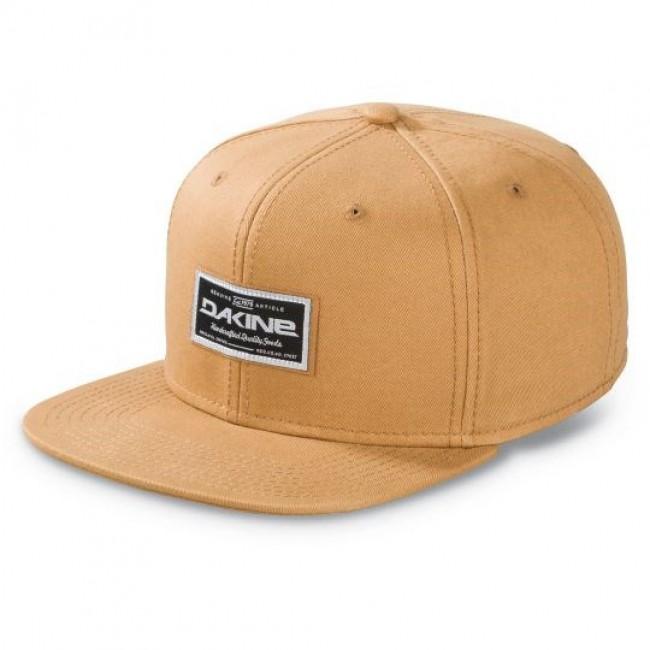 Dakine Quality Goods er en justerbar snapback cap.Lavet i bomuld.