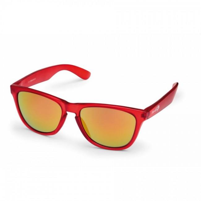 Moderigtig og trendy solbrille i god og robust kvalitet fra Demon Occhiali. En forholdsvis stor solbrille, der skærmer godt af for vind og lys.Smart design indvendigt i stellet.Linse: 100% UV-beskyttelse, linse kategori 3.Klassisk solbrille til hverdag og fritid, i et lækkert, og lidt frækt, italiensk design.Også fremragende solbriller til bilkørsel.Bredde mellem stænger (se illu. under billeder): 13,0 cmIgen en Demon solbrille hvor kvaliteten er betydeligt højere end prisen...