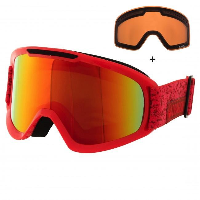 Dragon DX2 er videreudviklingen af den klassiske Dragon DX goggle. Her får du et stilrent klassisk design, med lækre features som dobbelt lag skum med microfleece lining, som gør brillen komfortabel mod ansigtet, og en mere kompakt størrelse end sin forgænger. Medium fit gør brillen lidt bedre til folk med små eller mellemstørrelse ansigter. Brillen er naturligvis hjelmkompatibel.Brillen kommer med en Red Ion linse til solskinsvejr og en Amber linse til snevejr - så er du dækket ind. De cylindriske linser giver et godt perifært udsyn. Linserne er 100% UV-beskyttende og belagt med anti-fog belægning på indersiden, så brillen aldrig dugger til.