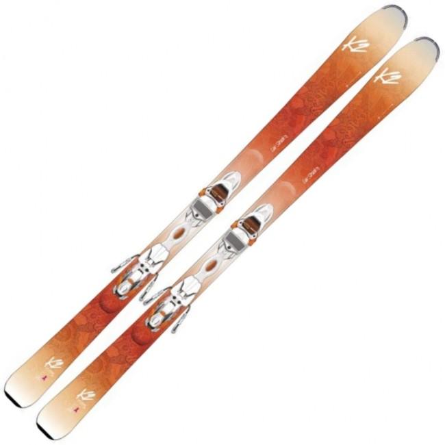 K2 Luv Struck 80 er en kraftfuld ski til damen, som nyder at give den gas på pisten. Skiens trækerne giver den et rigtigt lækkert flex, der skyder dig ud af svinget, og virkeligt lader dig hoppe fra sving til sving.Sammensætningen af let træ i midten og tungere træ ved kanterne giver en lav svingvægt og et godt kantgreb. Skien er desuden udstyret med rocker i spidsen, som både gør det lettere at påbegynde svinget samt at køre i blød og opkørt sne.Specifikationer og features:Niveau: Øvet/ekspert skiløberDimensioner (spids til hale): 121 - 80 - 109 mmSvingradius: 14 m (ved 163 cm)Rocker i spidsenTrækerne af asp, kejsertræ og bambusBinding: Marker ERC 11 TPPris inkl. binding og montering.OBS Levering:- Skiene sendes med GLS, hvilket tager 1-3 hverdage. Vær opmærksom på, at