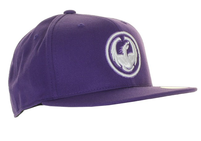 DRAGON Corp 210 Hat. Smart Dragon cap med broderet logo.Materiale:83% acryl, 15% uld, 25% spandex
